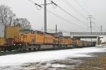 UP 6698 on CSX V771-13