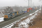 CSX 8727 on Q149-15