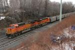 BNSF 5672 on CSX N859-13