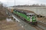 BNSF 8113 on CSX Q290-30