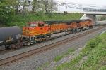 BNSF 916 on CSX Q380-08