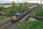 CSX 8409 on Q290-09