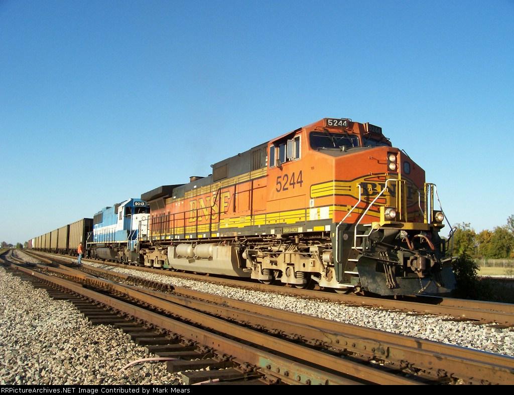 BNSF 5244