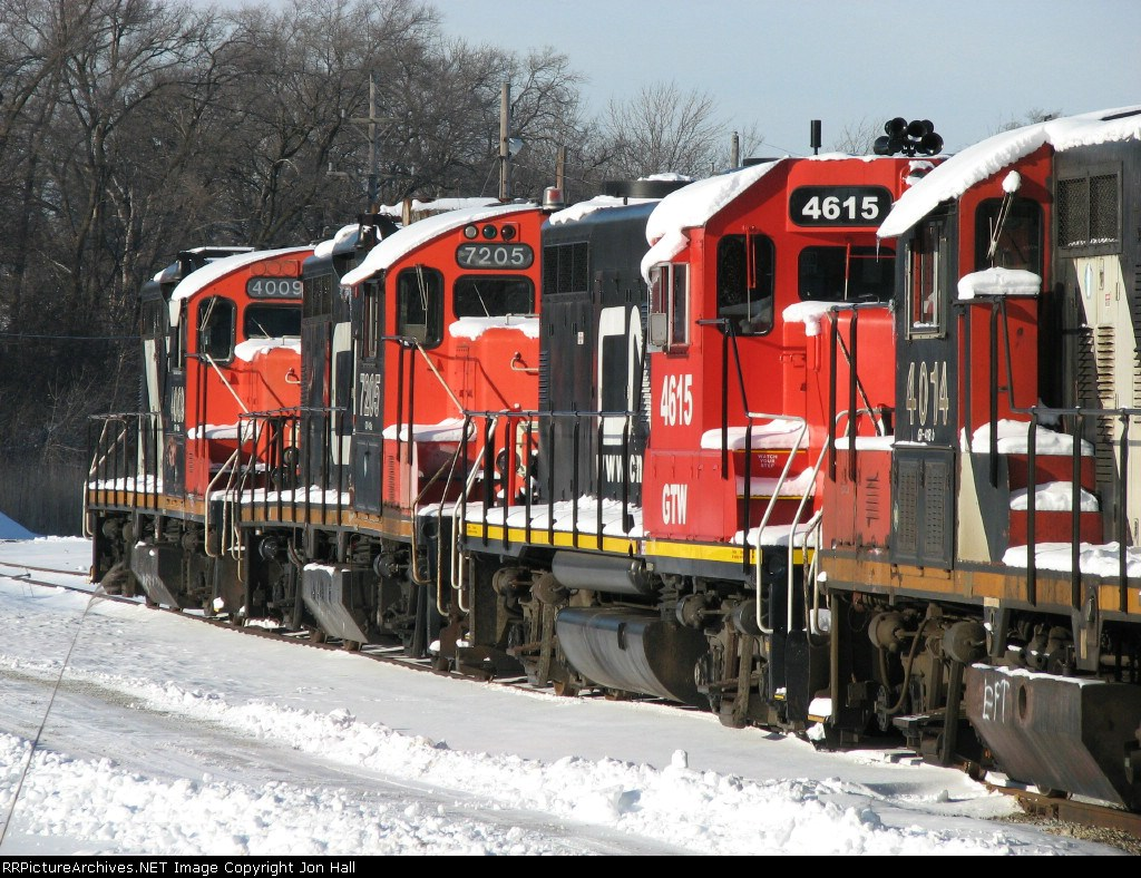GTW 4615 with CN 7205 & 4009