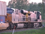 CSX 818 & 239