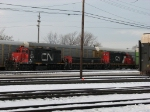 CN 7211 & 7033 with 211