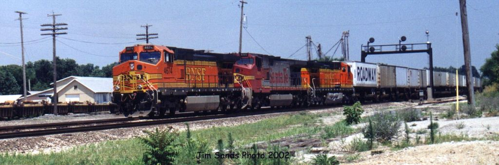 BNSF 4674 2002