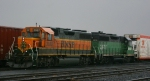 BNSF 2087 & 2870