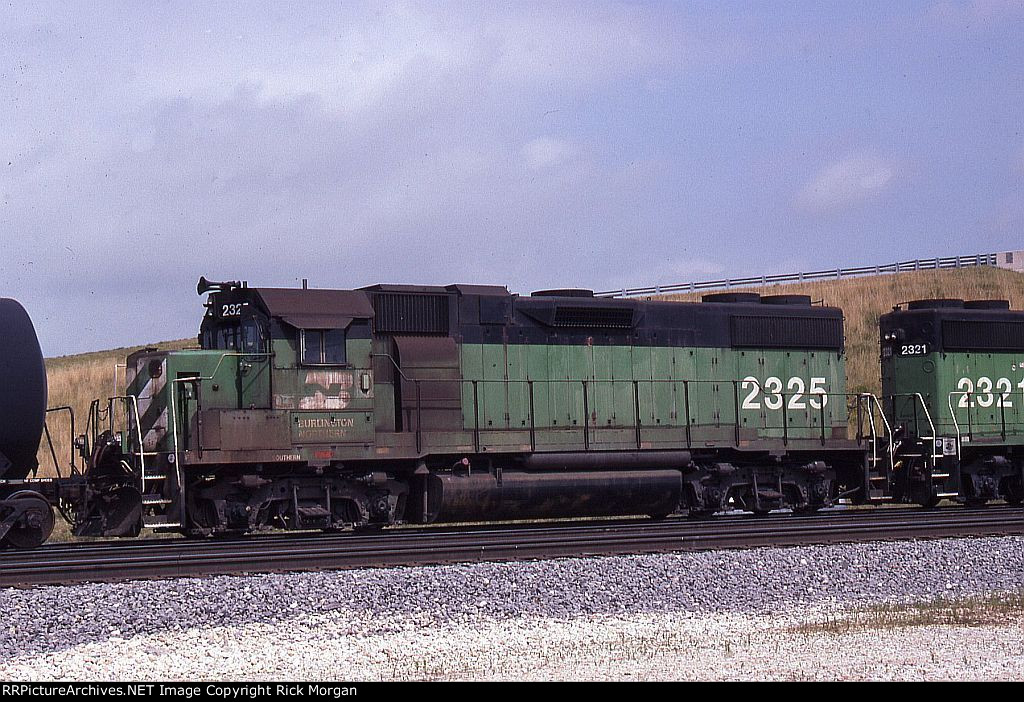 BN GP38-2 2325