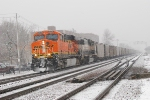BNSF 5930 w/empty BNSF rapid discharge hoppers enroute to Black Thunder Mine.