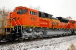 BNSF 9136w/9132 being delivered to BNSF via CN on H-CNIKCK.