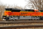 BNSF 9137 w/9138 at Blue Island Jct w/H-CNIKCK headed to BNSF.