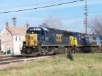 CSX 8716 on Q241 Southbound