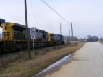 CSX 333 and power continue North through Augusta Canal Park