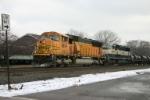 BNSF 8834 on 69T