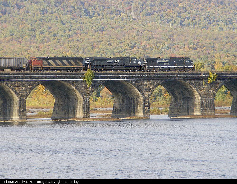 31T on Rockville Bridge