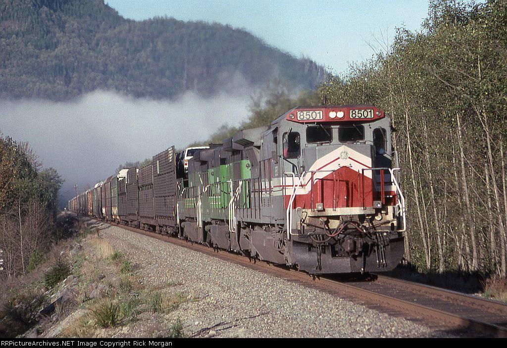 BN Train 34 headed uphill at Grotto