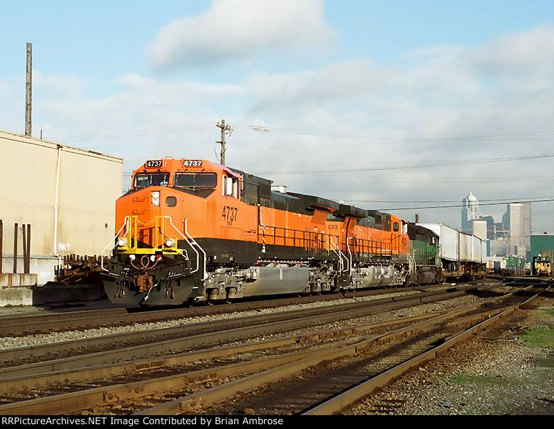 BNSF 4737 South