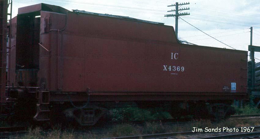 IC X4369 1967