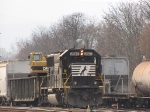 NS 2507 on the V93 MOW train starts getting herself together