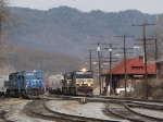 """V92's grain train starts the pull while VSO1 works in the yard with a pair of good condition """"Can Opener's"""""""