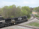 NS 9915 on the V92 crossing the Pleasent Valley diamond