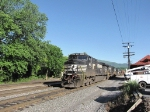 The SB 15T with two additional units waits for the Roanoke crew
