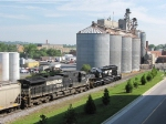 NS 1649 & 8914 pulling 70+ loaded grain cars past the Valley Co-Op