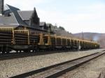 CSX 2476 (former Conrail) at point hauling steel rails