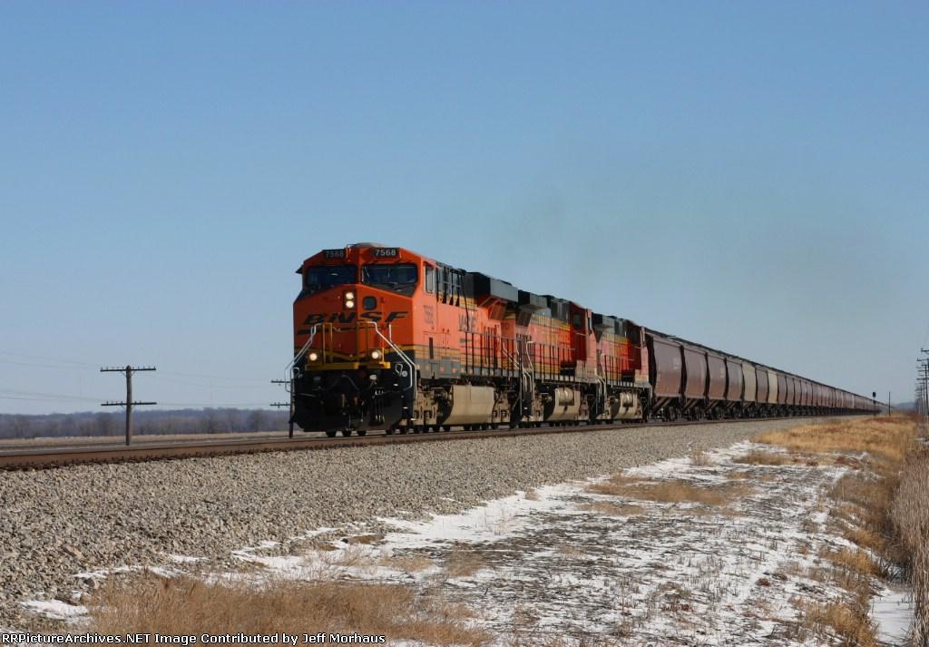 BNSF 7568  WB Grain