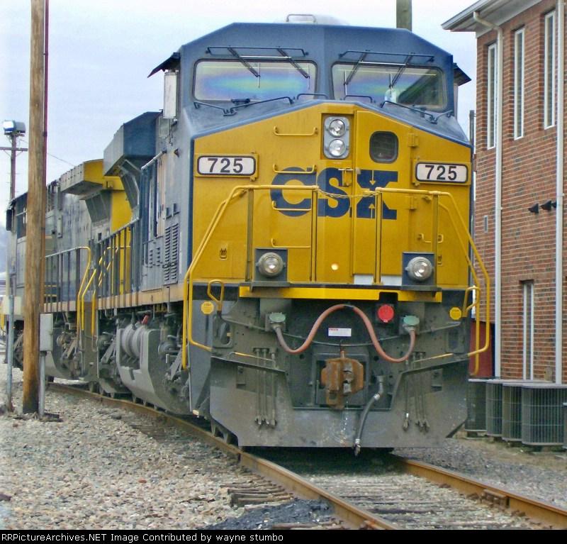 CSX ES44AC 725 Kingsport Yard