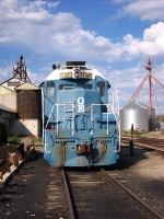 Oregon Eastern Train rests at Grain Facility