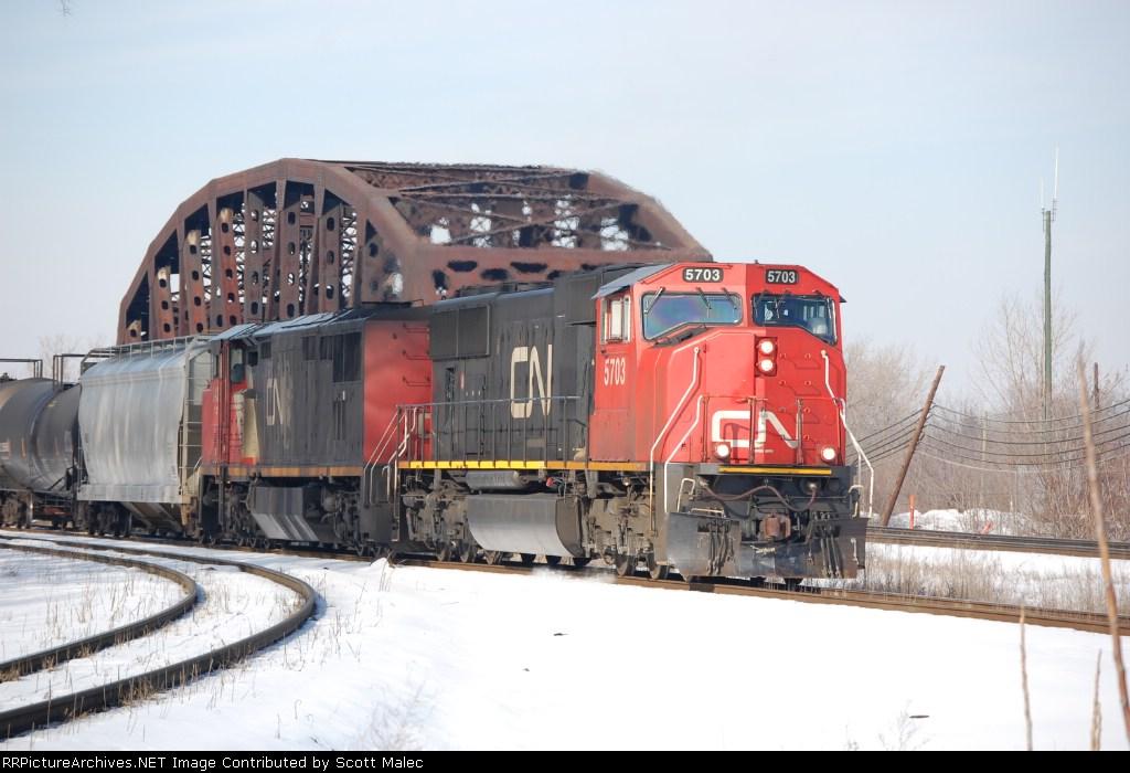 CN 5703 & 2436