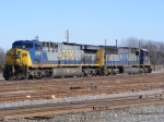 CSX 668 & 4508 sit in the yard
