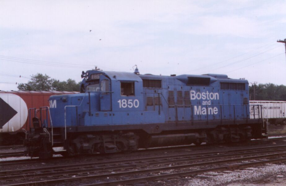 Roster shot of B&M 1850