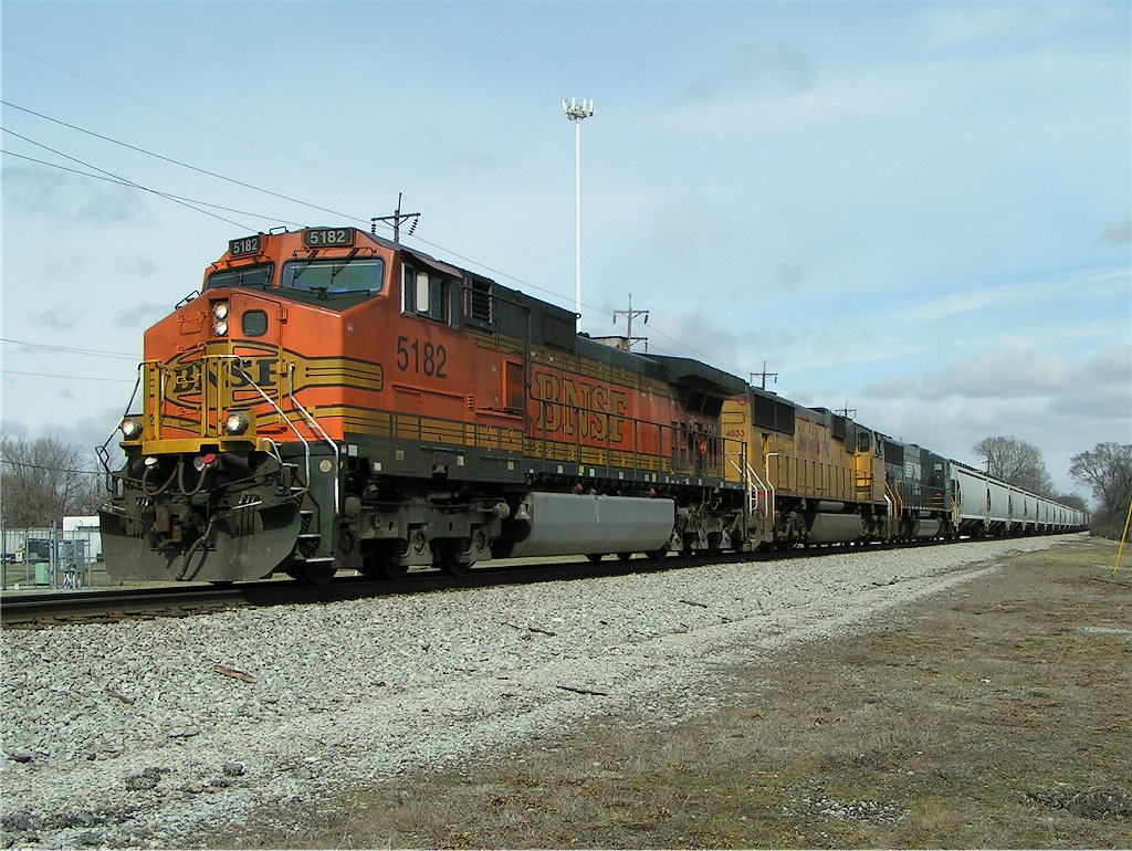 NS 40B heads south