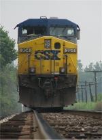 CSX 354 waits