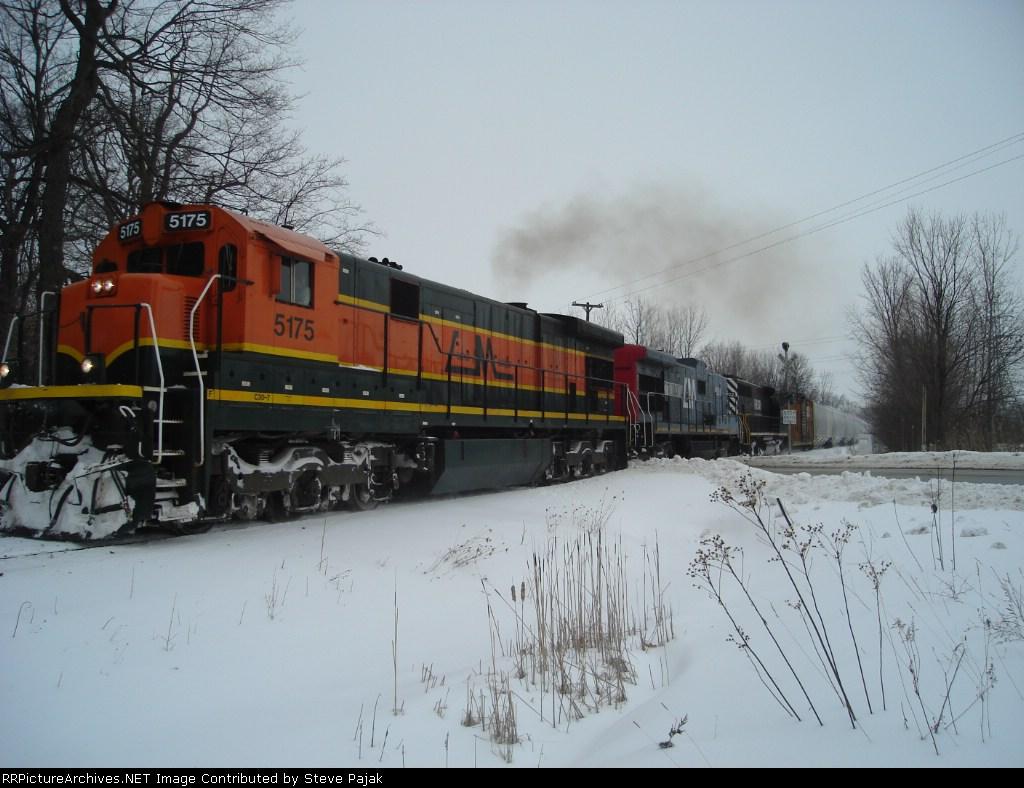 HESR train 702
