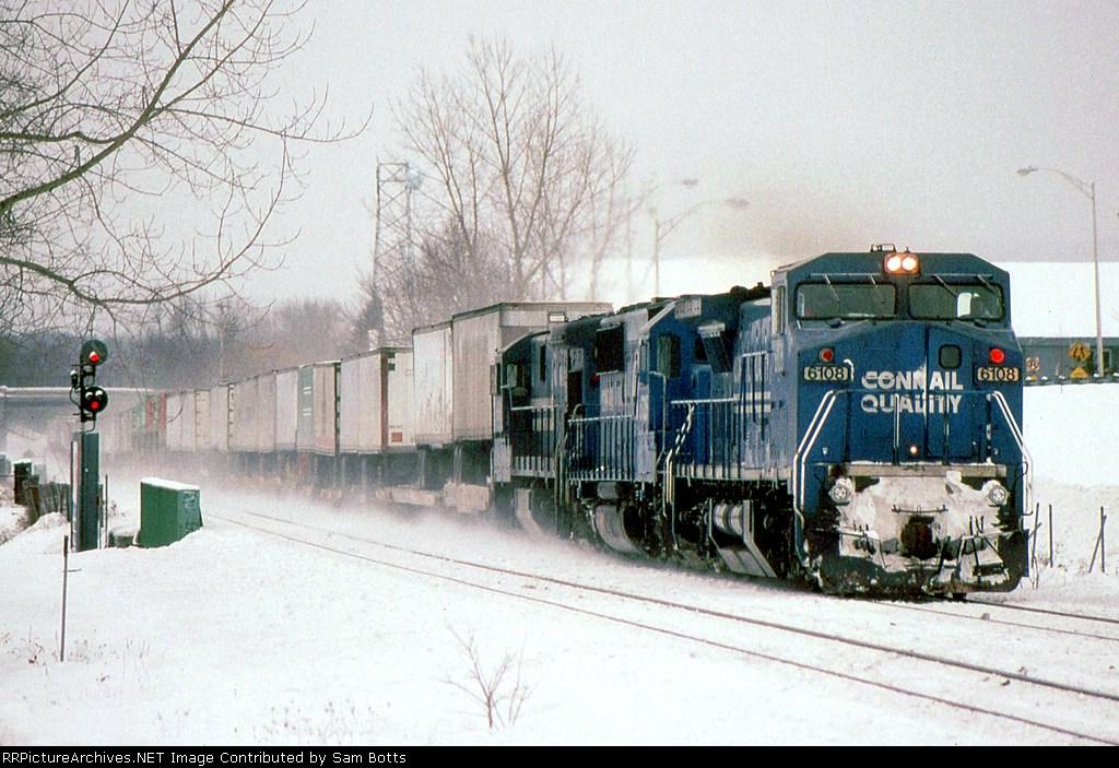 CR 6743