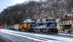 Wabash NS 1070 dashes thru the snow