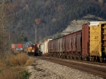 BNSF 4030 continues EB parade with double stacks as local continues homeward