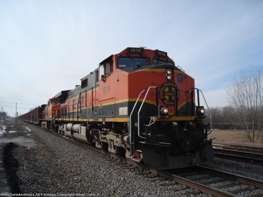 BNSF 1014 east
