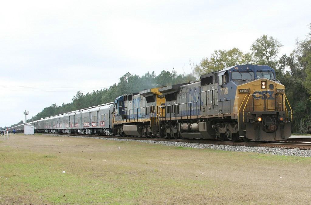 RBBX Blue Circus train
