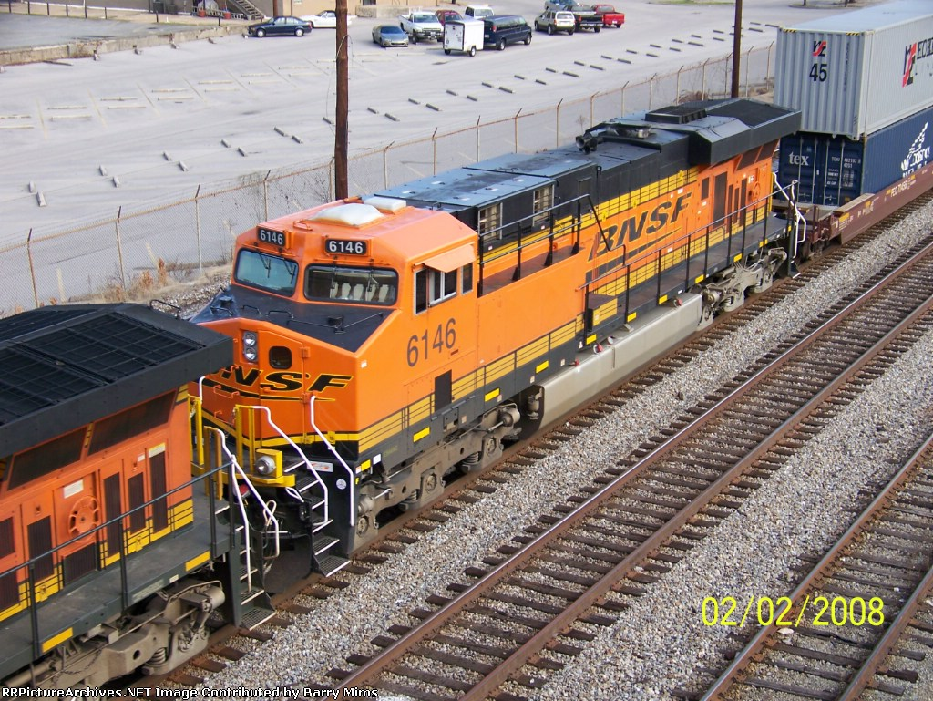 Closeup of BNSF 6146