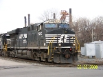 NS 7550 leads coal train Q4k at 32nd st
