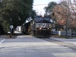 NS 9146 runs down 6th Street