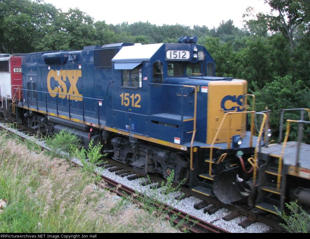CSX 1512 with fresh YN3 paint