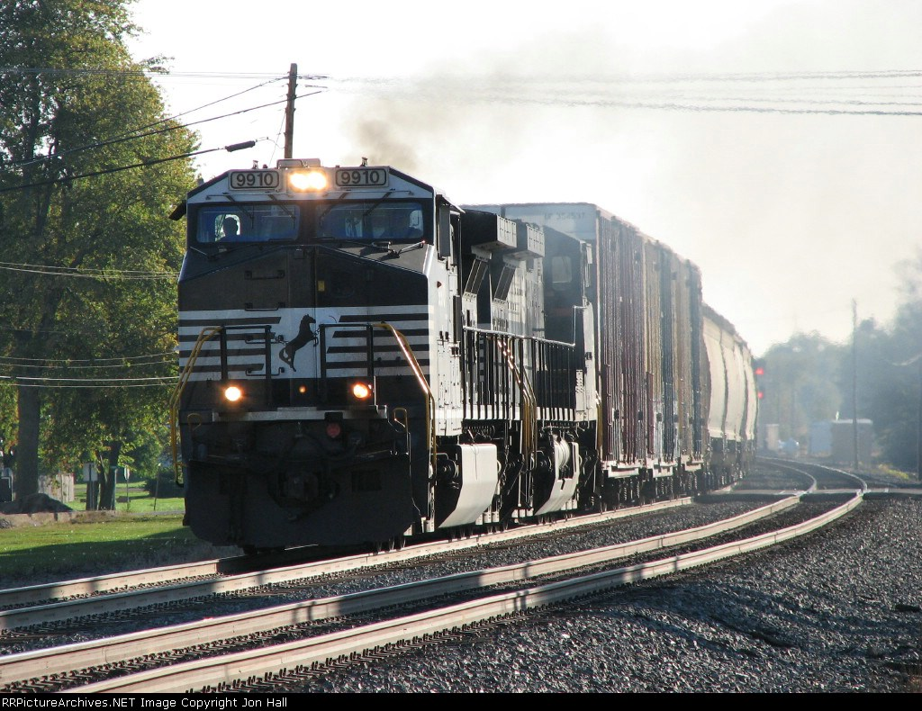 NS 9910 & 9077 lay down some exhaust leading 15N