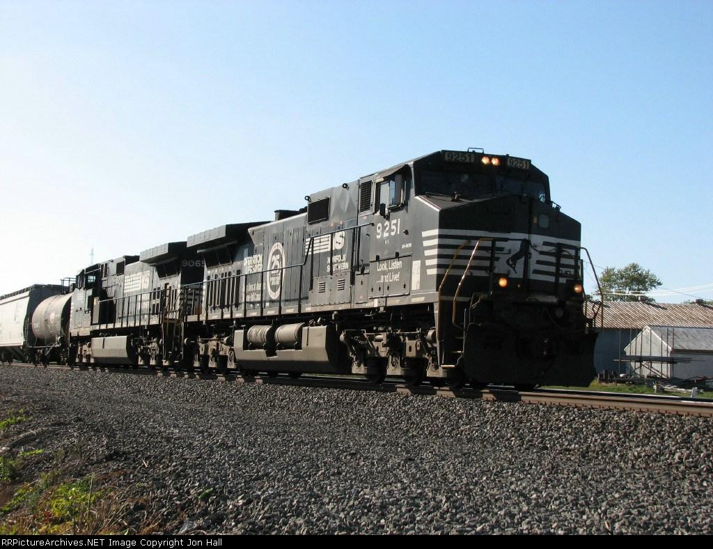 NS 9251 & 9065