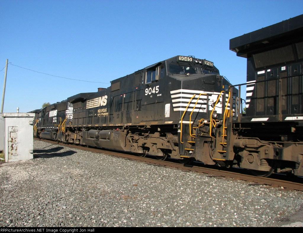 NS 9045 & 7039